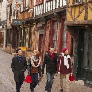 570x570_53600-promenade_rue_du_27_juin_a_beauvais-oise_tourisme_comdesimages.com_.jpg